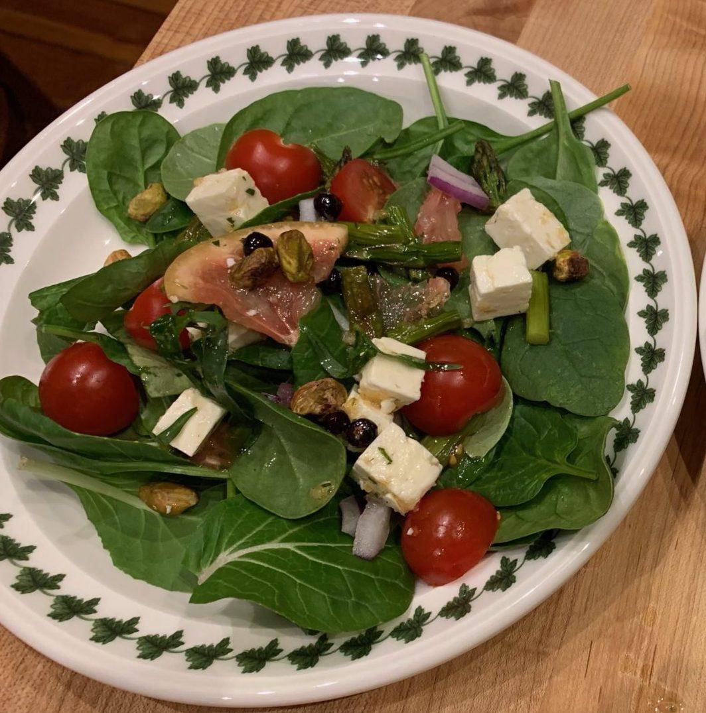 Feta and Grapefruit Spinach Salad