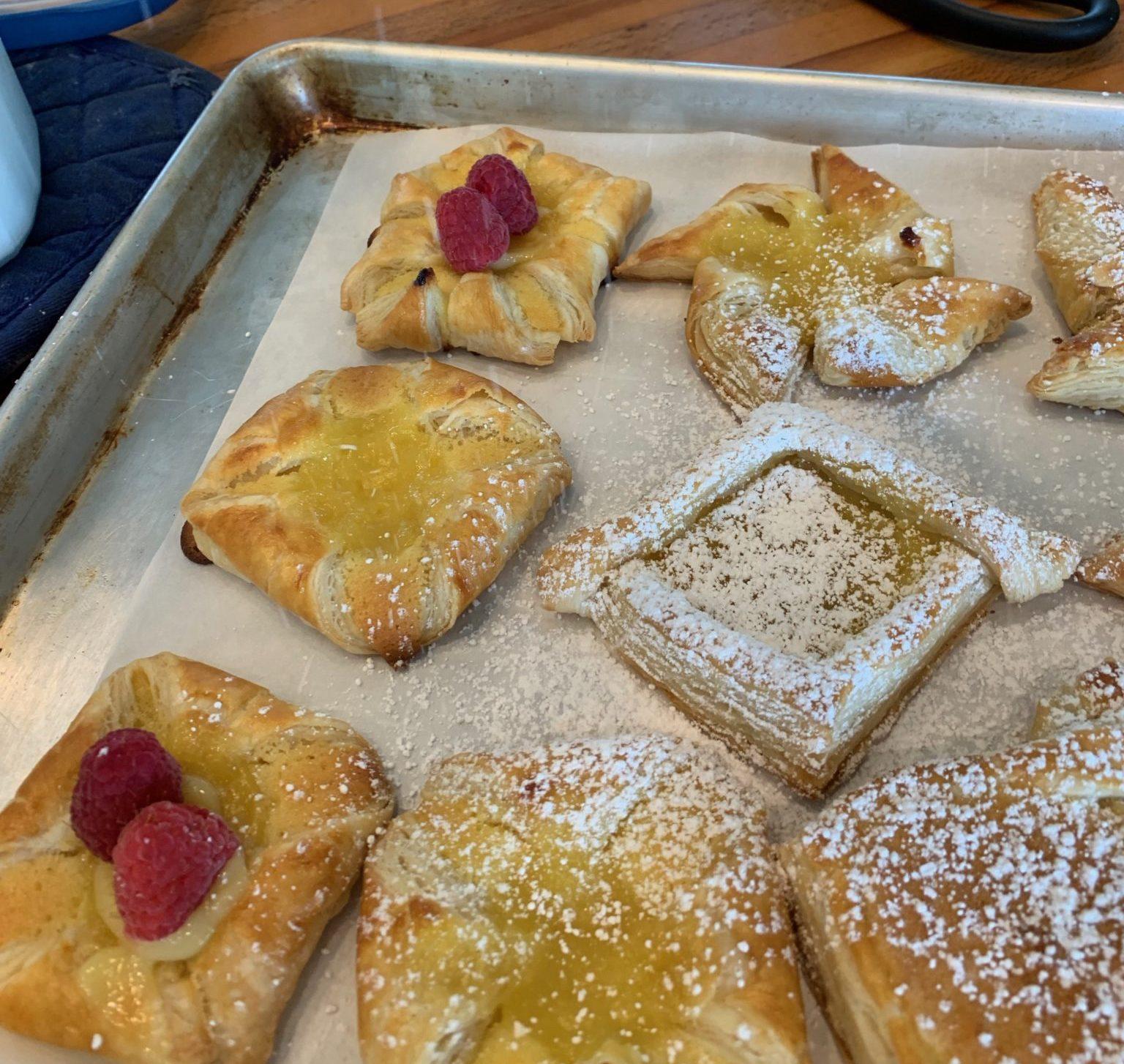 Decorating danish pastries