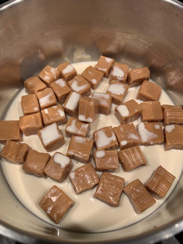 Caramels in cream