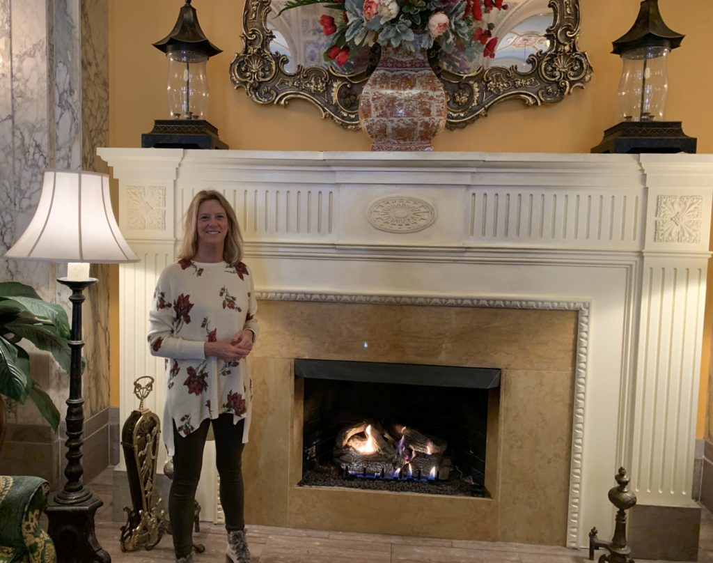 Fireplace in the lobby of the Hermitage Hotel in Nashville