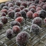Dry ing sugared cranberries