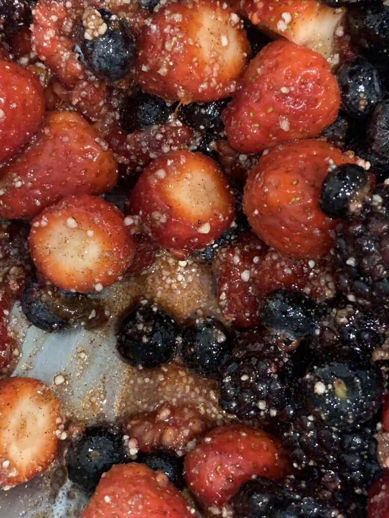Fruit and tapicoa macerating