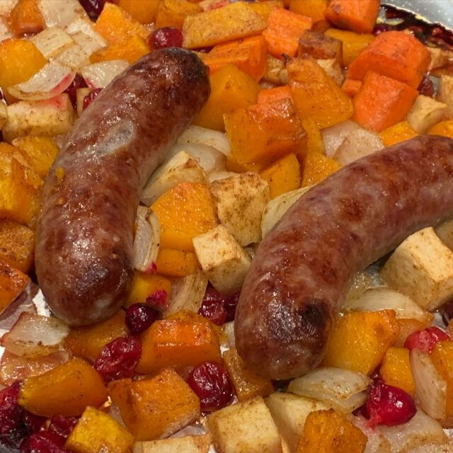 Thank you Julie P from North Carolina for your nice review of my Butternut Squash, Apple and Bratwurst Sheet Pan Dinner. I had forgotten about it, which is a shame because it's yummy, easy and seasonal. Also perfect on a dreary, rainy October Tuesday. Link to my blog in my profile. #sheetpandinner #easydinners #awomancooks  . . . . #butternutsquash #eatseasonally #falldinner #itswhatsfordinner #easyrecipesathome #useitup #comfortfoods #onmyblog #ashevillefoodie #autumnflavours